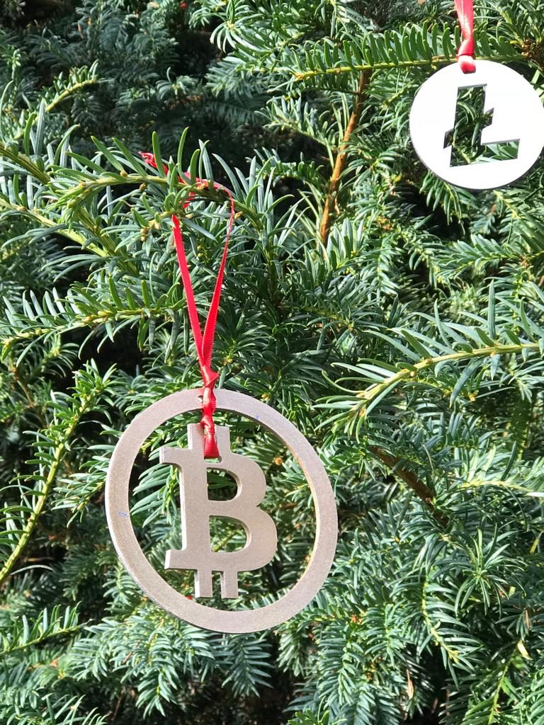 crypto christmas baubles 1